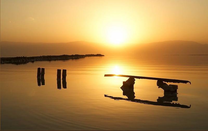 Нажмите на изображение для увеличения Название: море рассвет.jpg Просмотров: 37 Размер:27,8 Кб ID:51287