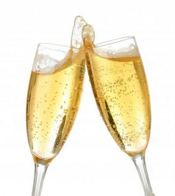 Нажмите на изображение для увеличения Название: champagne_toast.jpg Просмотров: 14 Размер:18,5 Кб ID:54567