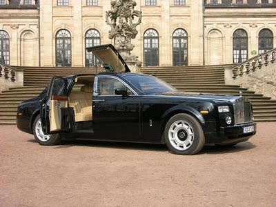Нажмите на изображение для увеличения Название: Rolls-Royce-Phantom-4.jpg Просмотров: 25 Размер:43,2 Кб ID:56462