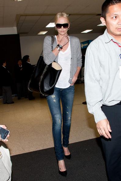 Нажмите на изображение для увеличения Название: Charlize+Theron+Jeans+Skinny+Jeans+pP0NdXDRkH5l-thumb-466x699-78109.jpg Просмотров: 56 Размер:73,4 Кб ID:57169