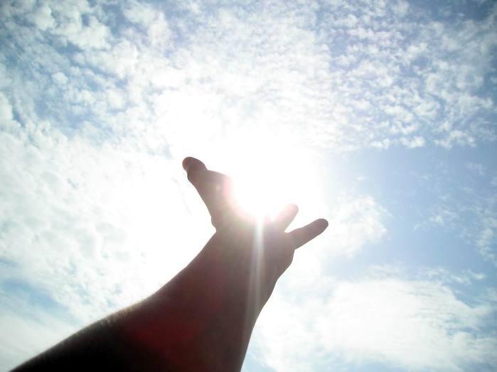 Нажмите на изображение для увеличения Название: sun-in-the-hand.jpg Просмотров: 27 Размер:27,2 Кб ID:61331