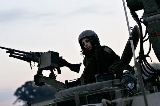 Нажмите на изображение для увеличения Название: women_soldiers_05-thumb.jpg Просмотров: 19 Размер:24,1 Кб ID:63210