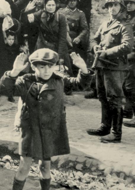 Нажмите на изображение для увеличения Название: Холокост.jpg Просмотров: 51 Размер:74,3 Кб ID:64663
