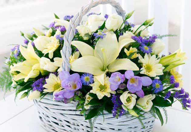 Нажмите на изображение для увеличения Название: korzina_bouquet_svadba-lilii-freezii.jpg Просмотров: 8 Размер:44,0 Кб ID:74678