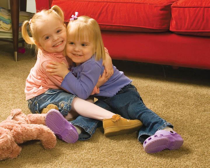 Нажмите на изображение для увеличения Название: mormon-sisters2.jpg Просмотров: 7 Размер:114,5 Кб ID:74803