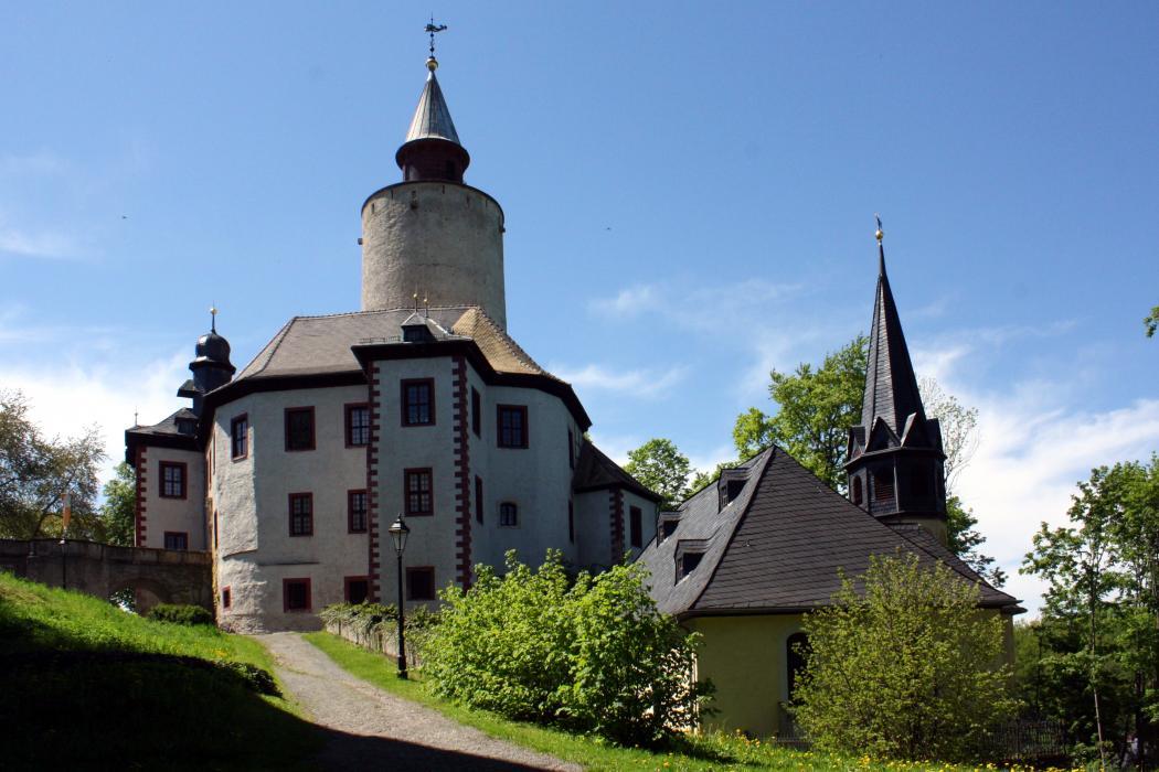 Нажмите на изображение для увеличения Название: Burg_&_Kirche_Posterstein.jpg Просмотров: 9 Размер:100,0 Кб ID:74907