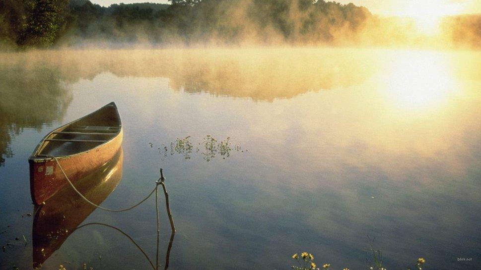 Нажмите на изображение для увеличения Название: 79991__boat-on-a-misty-lake_p.jpg Просмотров: 11 Размер:65,7 Кб ID:76962