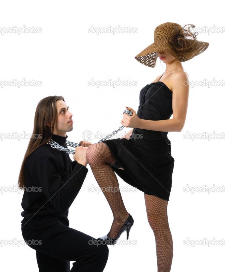 Нажмите на изображение для увеличения Название: depositphotos_45140671-Man-kneelling-before-a-woman.jpg Просмотров: 16 Размер:57,8 Кб ID:79378