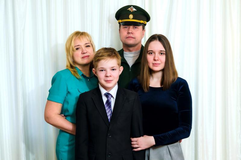 Нажмите на изображение для увеличения Название: Family.jpg Просмотров: 37 Размер:41,0 Кб ID:79482